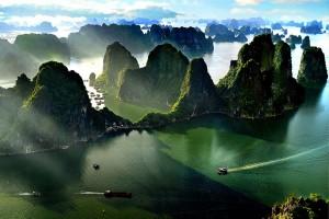 halong-bay-vietnam_12.jpg